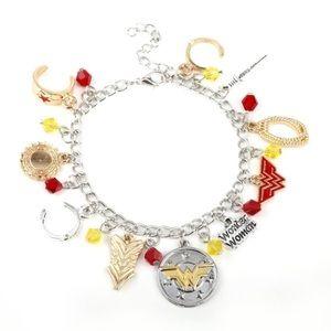 ⭐️2/$25 Wonder Woman Charm Bracelet